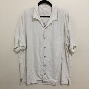 Tommy Bahama Shirts - TOMMY BAHAMA silk mutual fund camp shirt J10